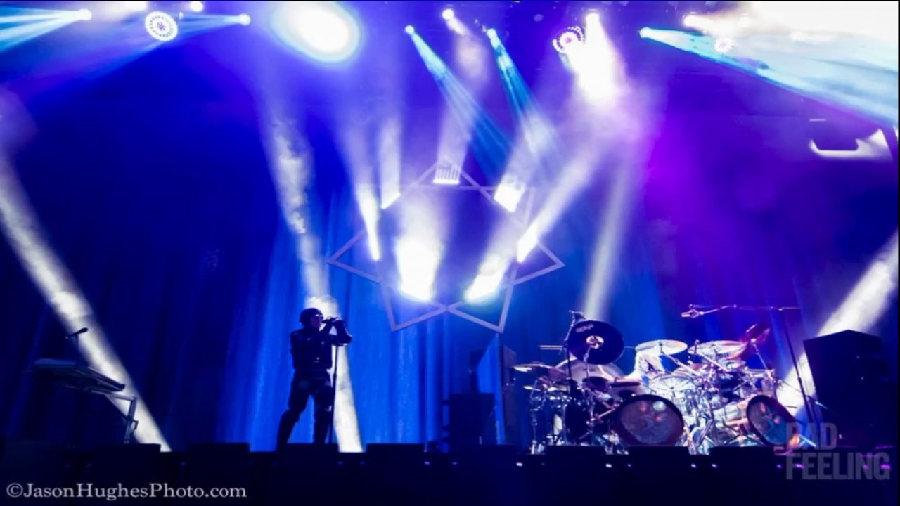 Tool live paris 2007 epic & remastered (full concert) youtube.