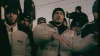Repeat youtube video B.U.G. Mafia - Dupa Blocuri (Videoclip)