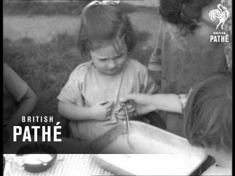 Children Round Table Eating Beans (1938)
