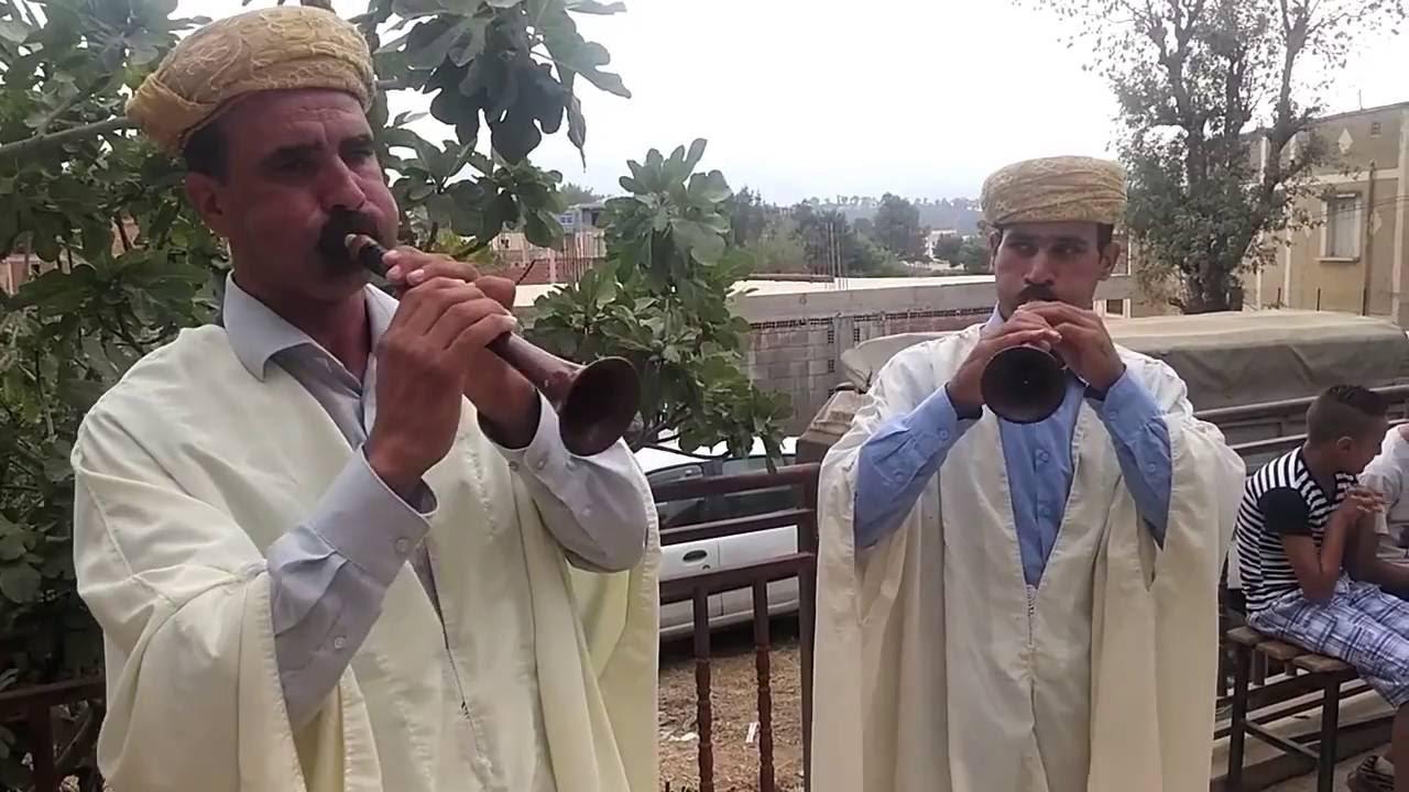 edin a de intalnire intre Kabyle caut barbat pentru o noapte potcoava