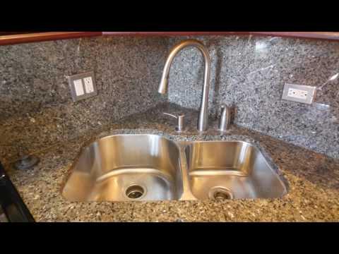 3br / 1 bath - 1500 sqft - Luxury Condo (North Park) - 5116 N Kimball, APT 1