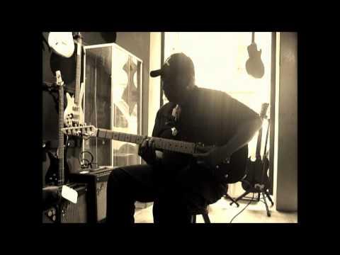 Al McKay from Earth Wind & Fire Experience Feat. Al McKay @ Le Gaucher