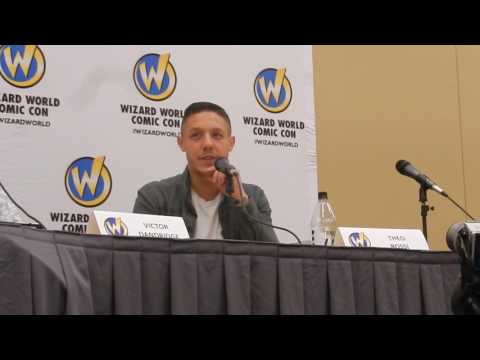 Theo Rossi @ Wizard World Philadelphia (Shades - Luke Cage, Juice - Sons of Anarchy)