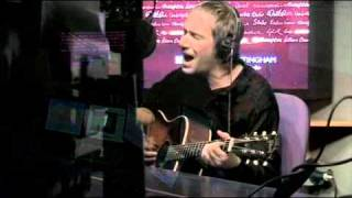 Simon Fowler and Steve Cradock from OCS playing the Circle acoustic.