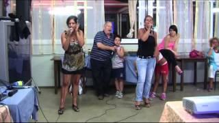 karaoke Barbara Adolfo e Tiziana cantano CALABRIA MIA di M. Reitano