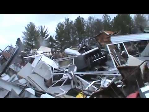 Garbage Picking And Scrapping!! Holy Shit Edition!! Alpena Michigan 2015!!