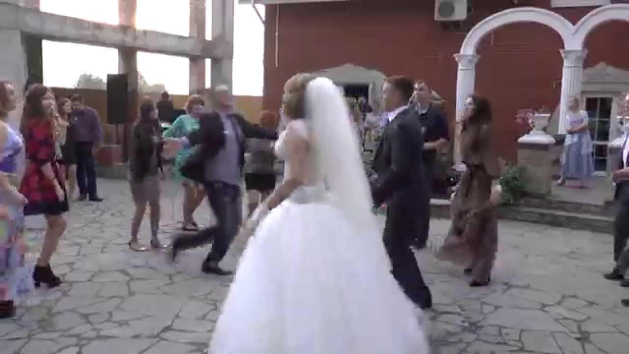 4dda4701df6c0a Лопес Джоли Гага в Рівному- весілля в Рівному - YouTube