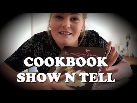 ASMR // Show and Tell: Flipping pages, Scratching & Soft Whisper