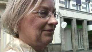 Ngamen Lagu Indonesia di Negeri Belanda - Nederlandse Zanger Zingt Indonesische Liedjes