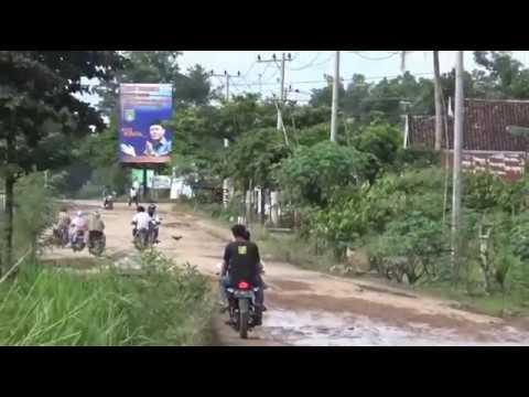 Kondisi Jalan Rusak Terpanjang, Terparah, dan Terlama Dilupakan Di Lampung Tengah