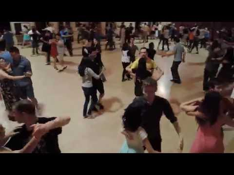 Cross-step Waltz Mixer at Jammix