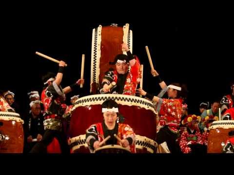 Yamakiya Taiko - kids drum group from Fukushima 山木屋太鼓 at 明治神宮