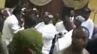 Obasanjo struggles for mic with King Sunny Ade