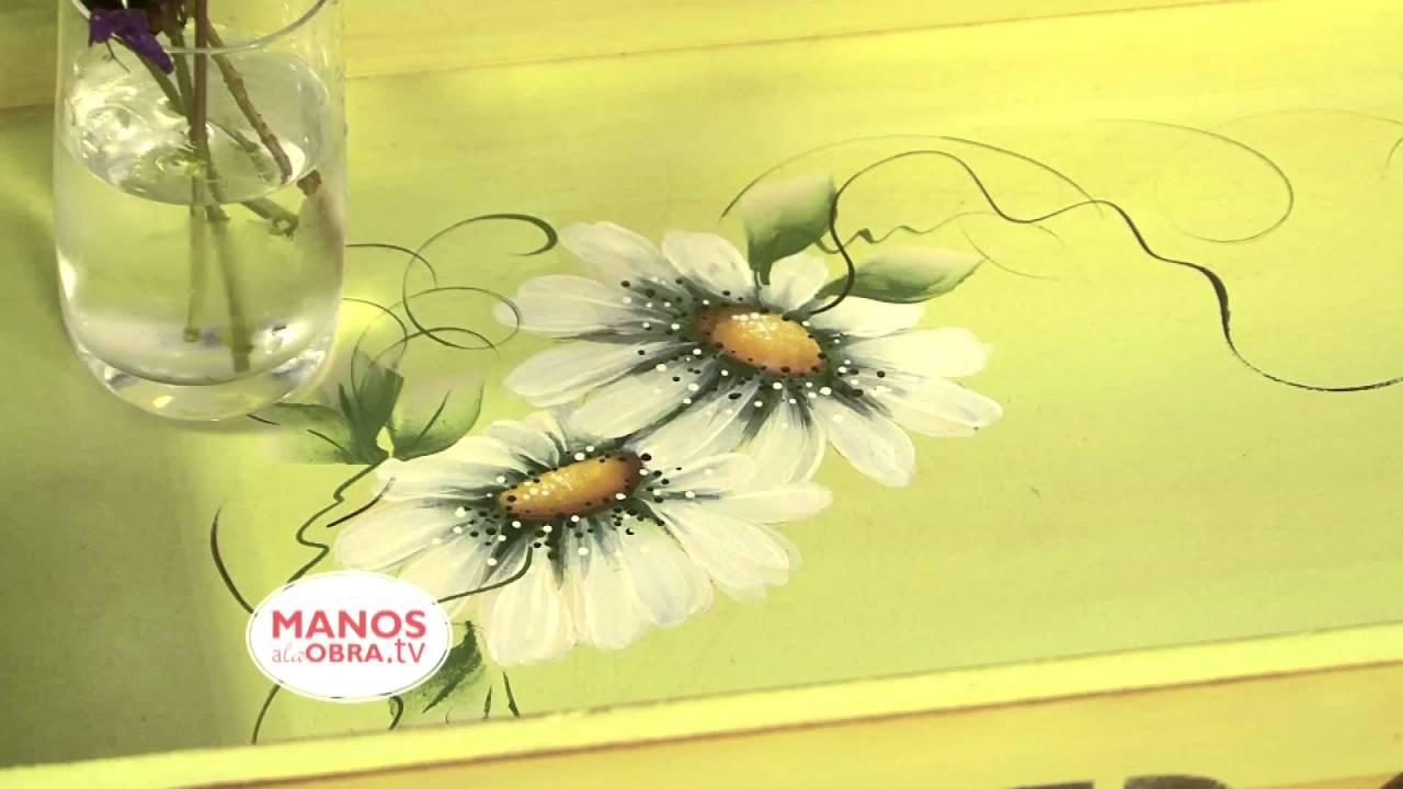 Pintura decorativa pintar bandeja de madera claudia for Bandejas de madera