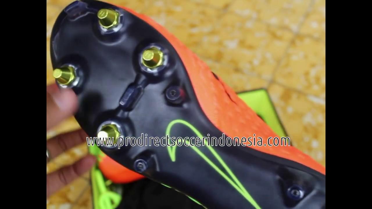 Sepatu Bola Nike Hypervenom Phantom 3 DF SG Pro Anti Clog 899982 306 ... b09ba614f1982