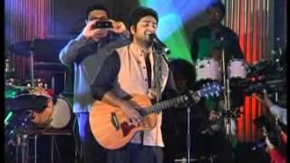 Arijit Singh LIVE at Morphosis Navratri Utsav 2013 - 1