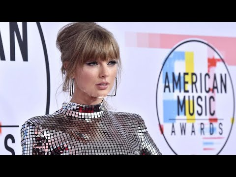 What's Holding Taylor Swift Back From Singing at the AMAs