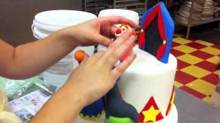 Circus Cake.m4v