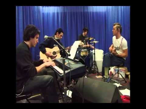 Nine Inch Nails - Acoustic in Chicago (HQ)