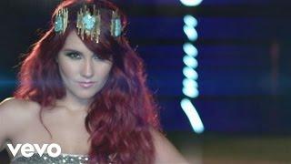Repeat youtube video Dulce María - O Lo Haces Tú O Lo Hago Yo