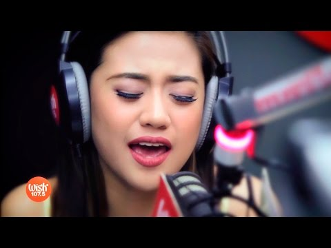 """Morissette sings """"Throwback"""" LIVE on Wish 107.5 Bus"""