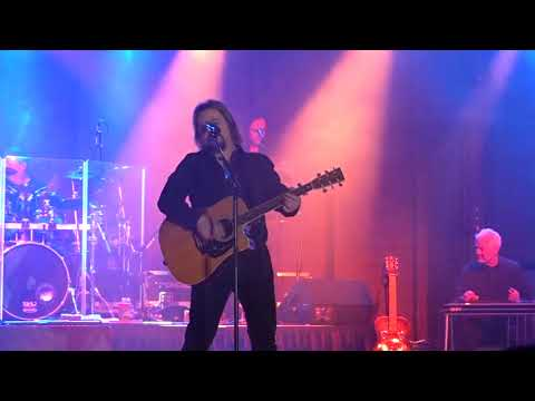 Travis Tritt Best of Intentions Chatham NY 2017
