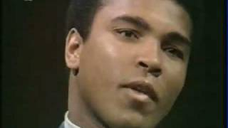 Muhammad Ali Predicts Obama Presidency in 1971