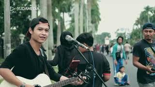 Tuhan Jagakan Dia - Motif Band (Cover Sabian Nanda Musisi Jalanan Project)