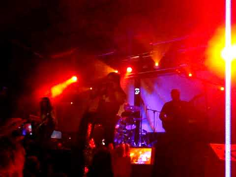 Saratoga - Las Puertas Del Cielo - Stage Live (Bilbao)
