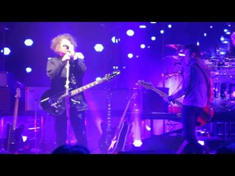 The Cure - Dressing Up (Live @ Shoreline Amphitheatre 5/26/16)