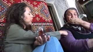 VOYAGE AVEC LEILA GHANDI en Turquie - Le film de 52'