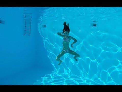 Carla Underwater - Swimming underwater in a 15 feet deep pool