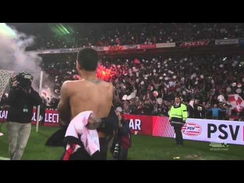 Memphis Depay celebrates title win with a lucky fan