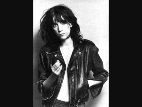 Patti Smith - Pale Blue Eyes/Louie Louie