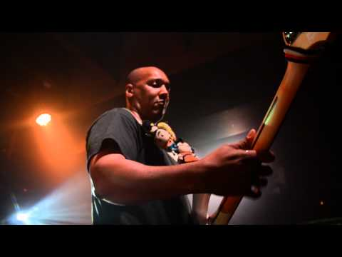 Mark White - Bass Solo impro live in Paris (Bus Palladium) 18/01/2012