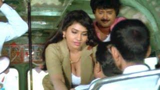 Suryavamsam Scenes - Sudhakar And Lux Sundari Comedy In Bus - Venkatesh, Raadhika, Meena