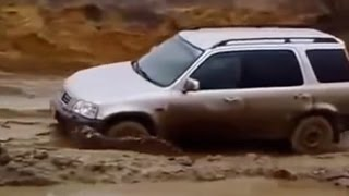 HONDA CRV Off road Extreme 4x4 Test 2016 Compilation