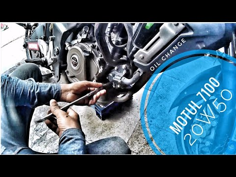 DIY | How to change Engine Oil & Oil Filter Of Pulsar 200AS/NS