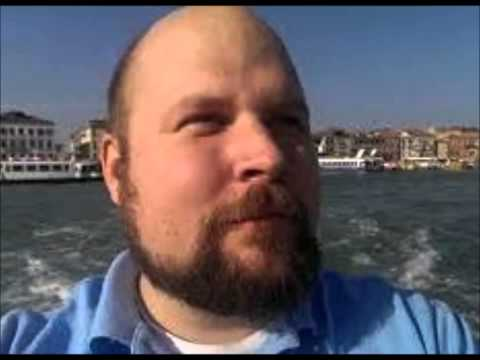 """Minecraft Creator - Markus Persson - is """"unhappy and bored"""""""