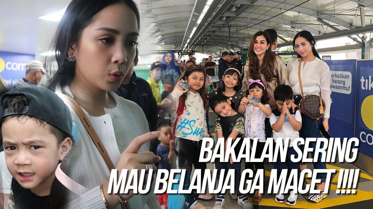 NAGITA BELANJA KE  MALL NAIK MRT. SELURUH KELUARGA DIBOYONG