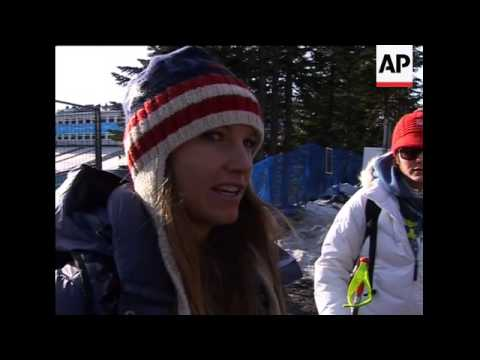 Fans celebrate after US wins downhill gold, silver; Vonn, Mancuso leaving