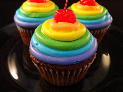 Rainbow Frosted Chocolate Cupcakes (collaboration with CookingAndCrafting) -with yoyomax12
