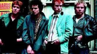 Sex Pistols - No Future (god save the queen)