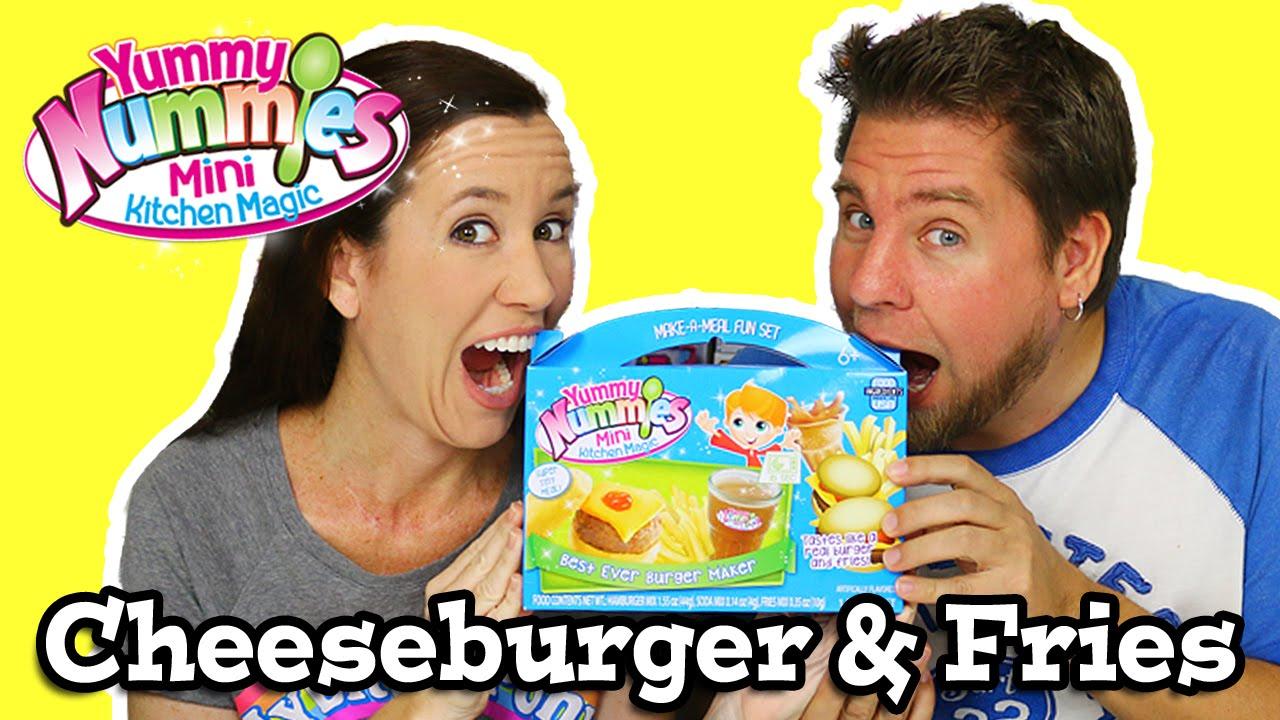 Kitchen Magic Reviews #26: Yummy Nummies Mini Kitchen Magic - Best Ever Burger Maker