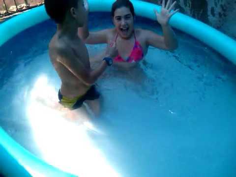 reto en la piscina youtube