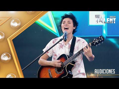 JULIANA enamoró con su dulce voz y una balada de BRUNO MARS