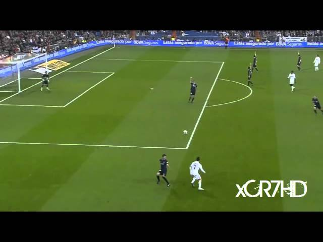 Cristiano Ronaldo - Crazy Back Pass Skill HD 720p