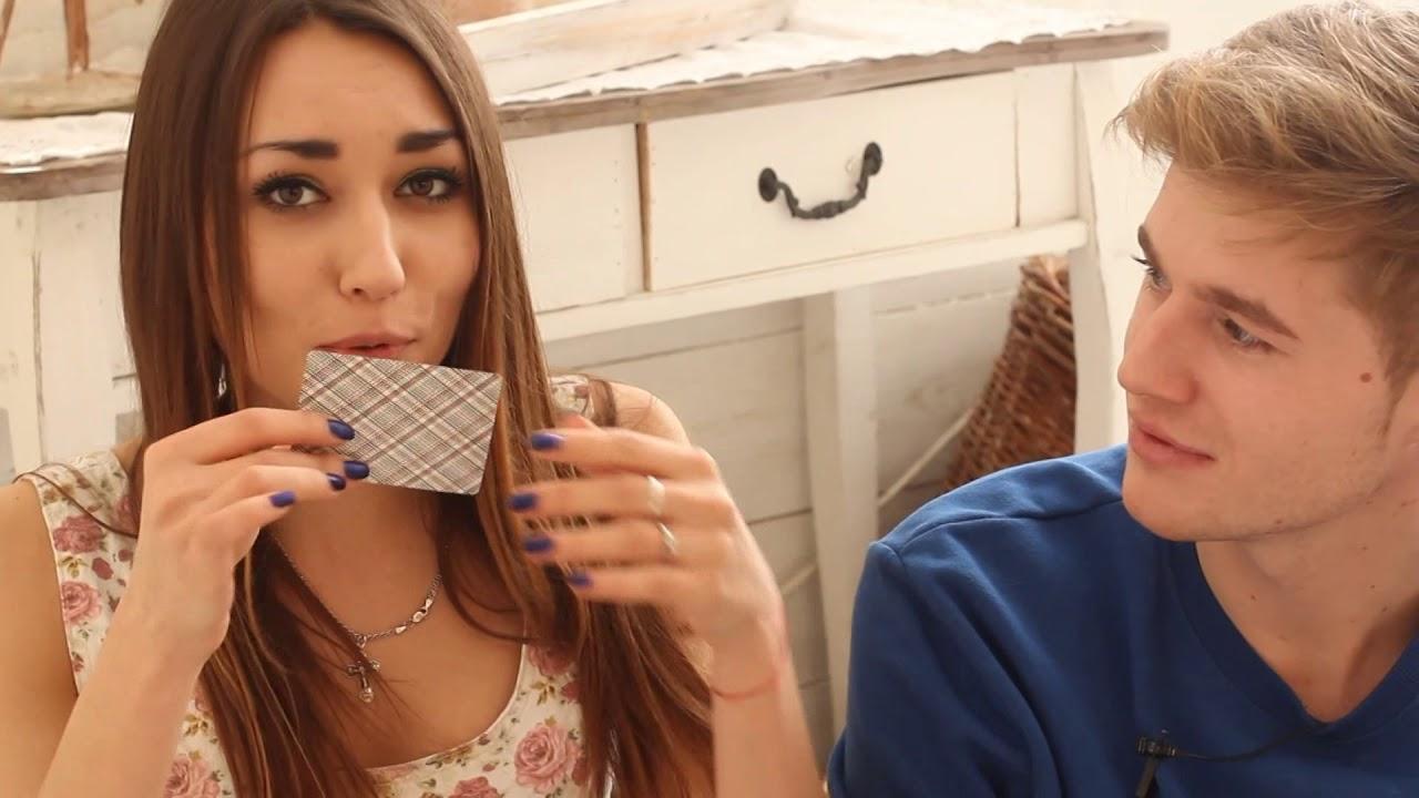 Играют в бутилочку на роздивания, ролики эротические смотреть онлайн