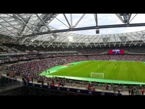 West Ham Forever Blowing Bubbles - Olympic Stadium / London Stadium 2016