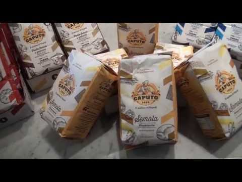 antimo-caputo-shows-molino-caputo's-1kg-and-5kg-flours